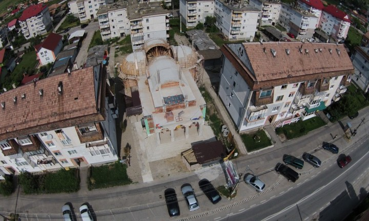 apahida2-biserica-drona-1280x768
